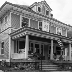 Heritage Hill - 304 Madison
